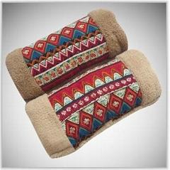 毛绒玩具暖手抱枕