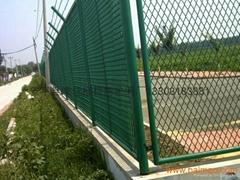 钢板状护栏网