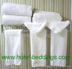 hotel towels, white towels