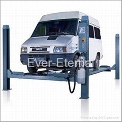 Four post lift (CE)