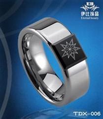 时尚钨金戒指