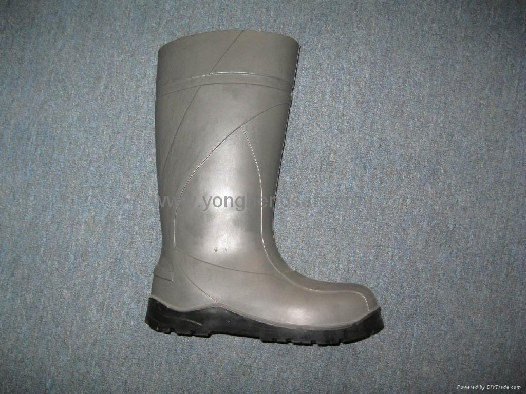 PVC safety shoes 4