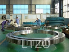 three-row cylindrical roller slewing ring