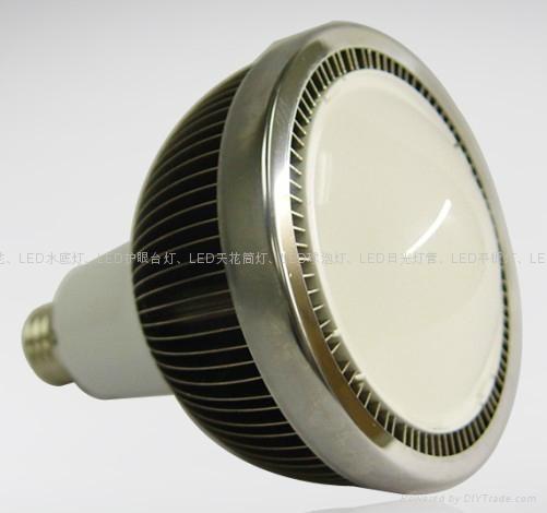 LED拉尾尖泡燈 3