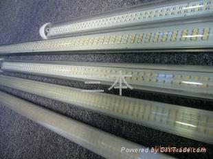 LEDT10日光灯 1