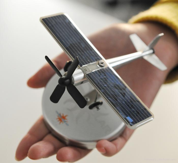 太陽能車載飛機 2
