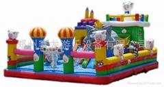 大型充氣玩具,蹦蹦床,跳跳床,氣墊,充氣水池等