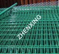 供应钢板护栏网规格