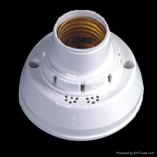 sound intelligent lampholder 3