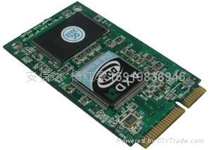 笔记本固态硬盘pcie接口SATA信号 2
