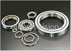Crossed roller precision bearing