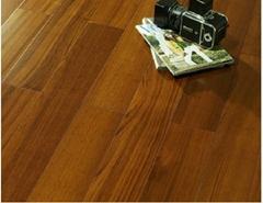 柚木實木多層地板