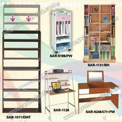 Dresser/wooden shelf