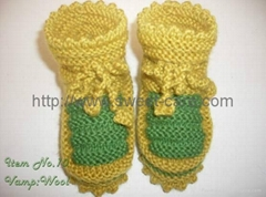 Fashion hand knit baby cotton lining shoes with comfortable design (Item No.10)