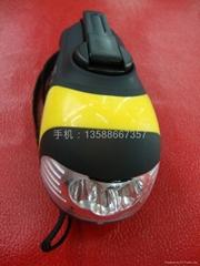 多功能手电筒带按摩器 户外运动装备 应急用品