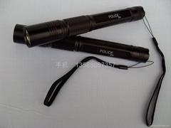 123強光手電筒 LED手電筒  三種亮度模式 加長筒身