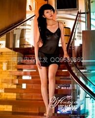 耶妮娅情趣内衣终级诱惑性感短裙