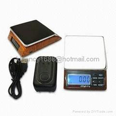 Solar-Power Electronic Diamond Scale