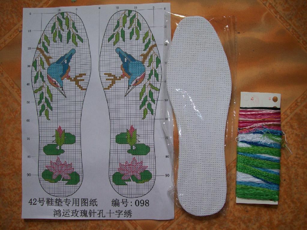 十字繡鞋墊 2