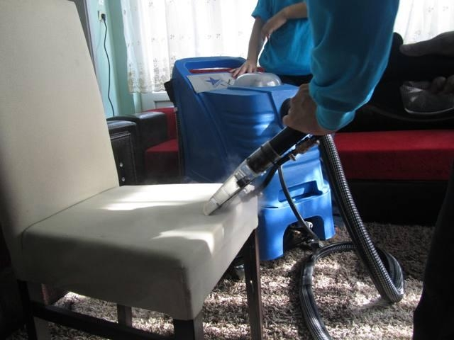 commercial upholstery cleaning machine