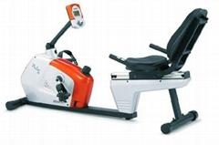 卧式健身车TRIO R4