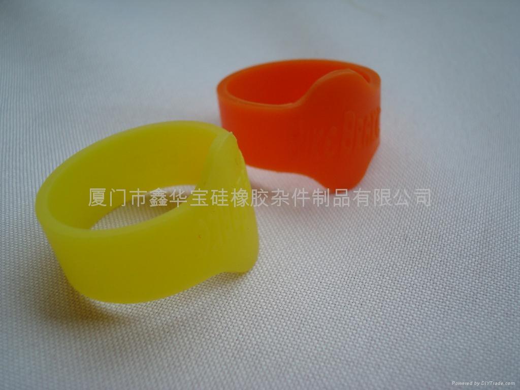 硅胶戒指 3