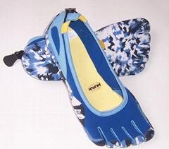 five fingers sandals