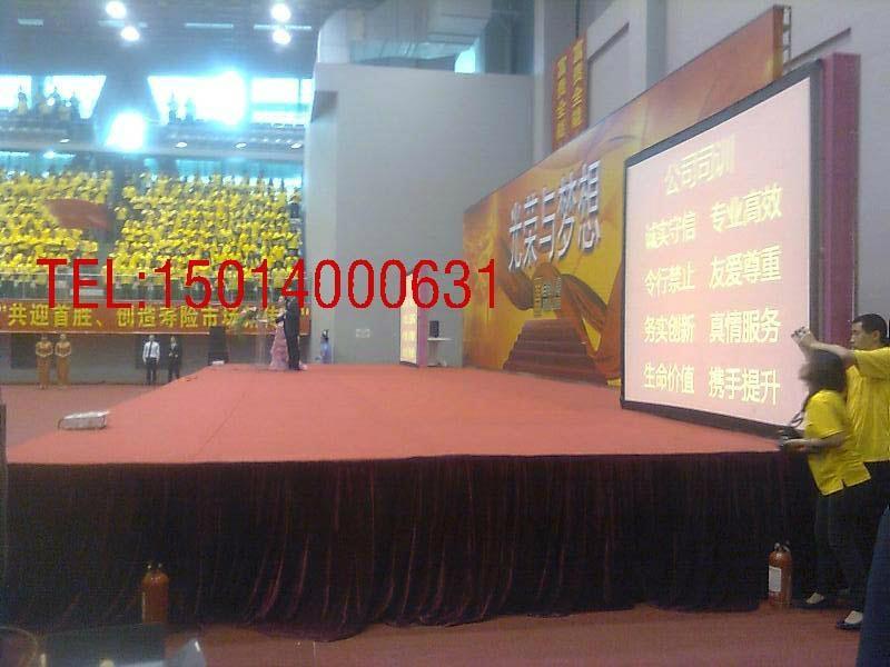 深圳15000流明投影機出租 2