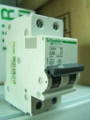 代理施耐德微型断路器C65N系列特价供应