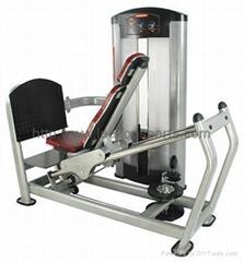 坐式蹬腿训练器