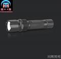 BXD201 強光手電筒 1