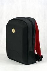 深圳箱包廠,供應各種箱包產品,休閑包、運動包、雙肩包批發採購