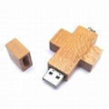 Different ctyle of Wood  usb flash Drive  with laser printing , silk printing
