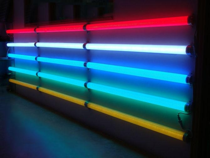 LED Popular Outdoor Digital Lighting Tube