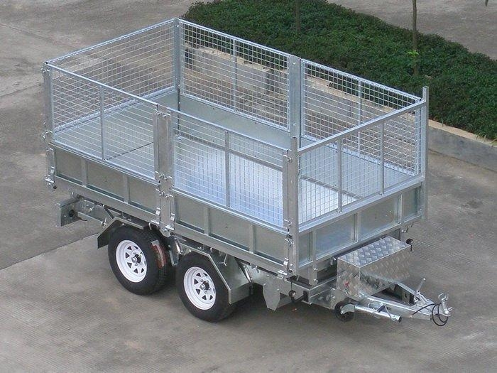 sell box trailer with cage 1