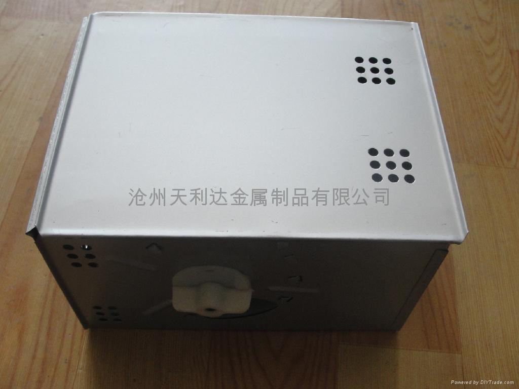 旋钮式捕鼠盒 3