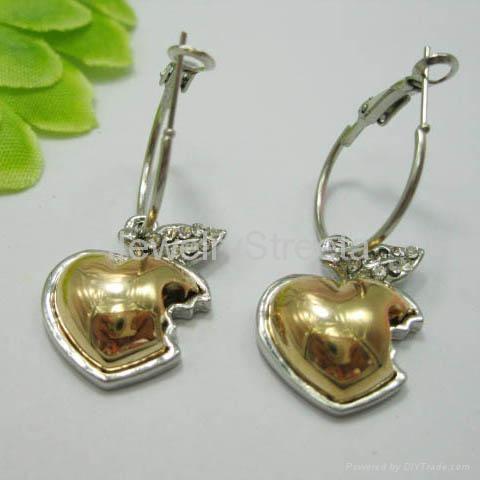 d837f9933388 studs earrings apple - Ecosia