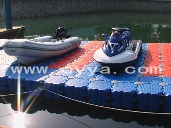 供应摩托艇干泊位码头 1
