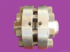Orifice plats & flange assemblies for dyes and intermediates