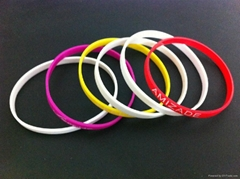 Wholesale 5mm wide  Silicone Bracelet Wrist Bands with print logo for girls