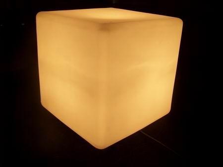 发光立方凳 2