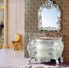 古典雕花浴室柜