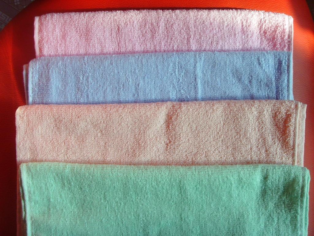 庫存外貿童巾40萬條處理,平織,素色,30*40純棉,35克 1