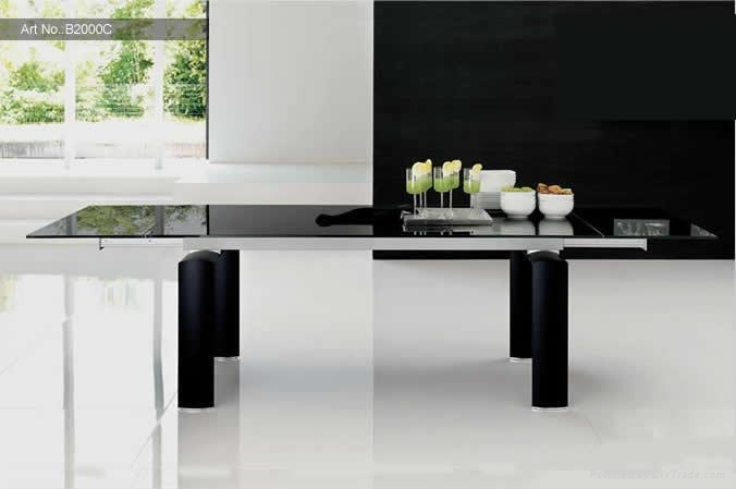 Extensible dining table 2