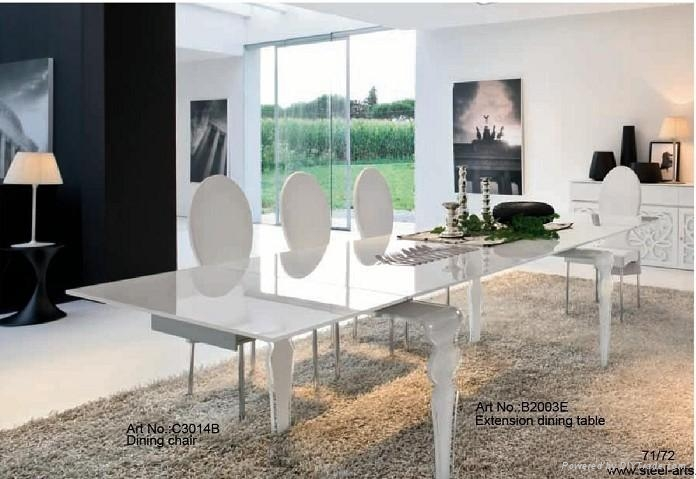 Extensible dining table 4