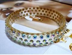 Gorgeous lucite/resin bangle rhinestones bangle fashion jewelry jewellery