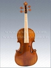 Baroque style violin