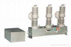 GC户外柱上永磁式高压真空断路器ZW32M-12/630