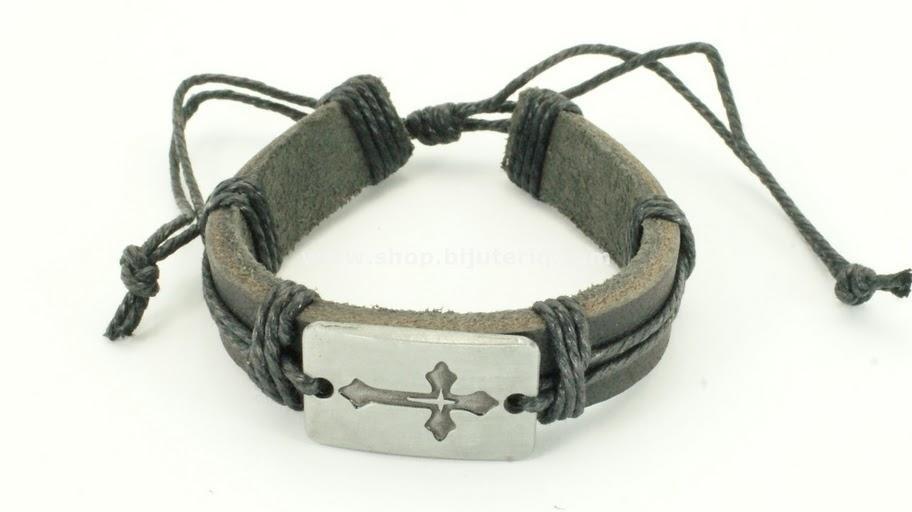 Fashionable Bracelets many different types