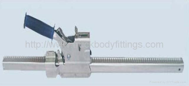 Adjustable cargo bar 5